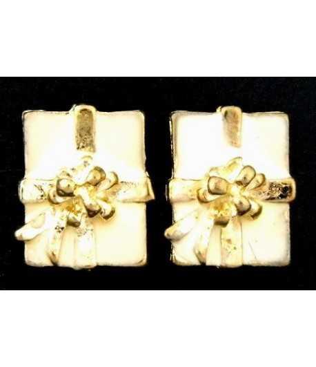 Gold Christmas Present Studded Earrings - XM-ER1
