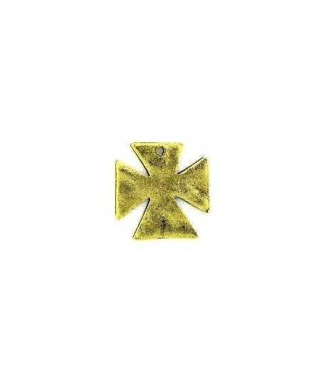 Hammered Maltese Cross Charm RZ-16-2