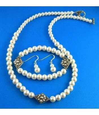 Glass Pearl Necklace Set -...